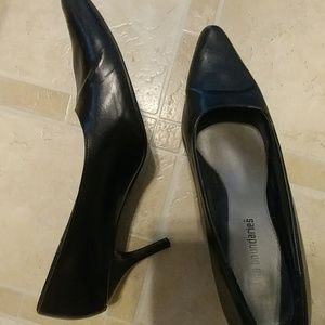 No Boundries womens size 10 Black pumps